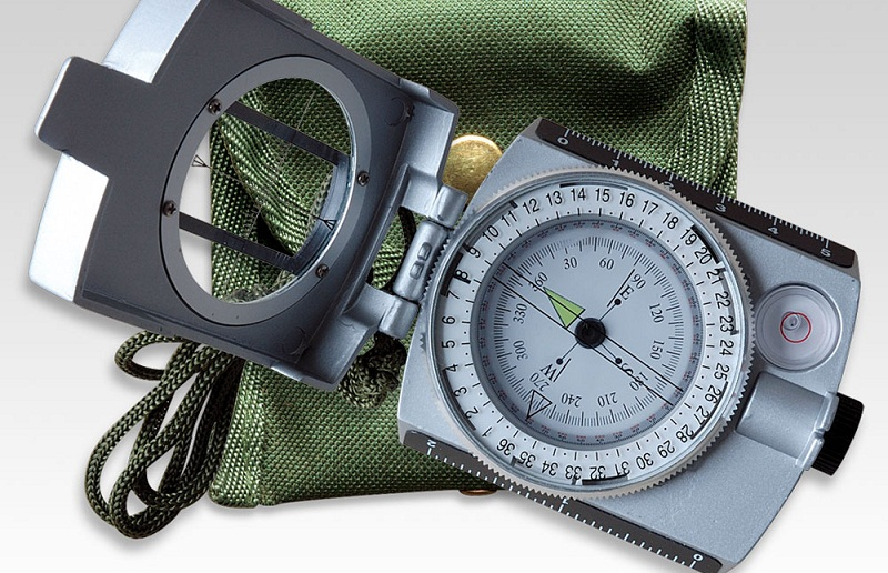 best compass for hiking survival and outdoors